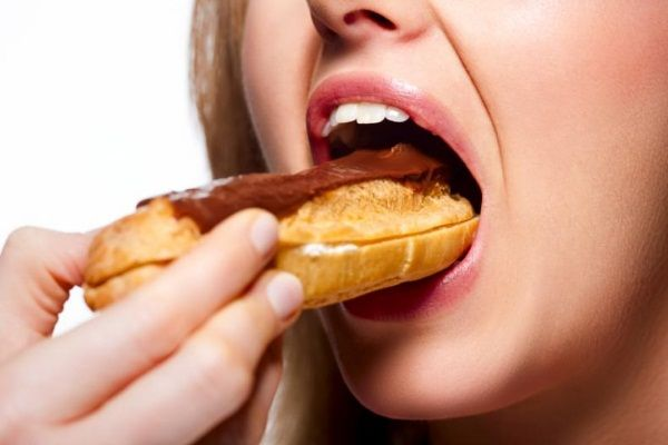 5 Simple Ways To Break Bad Eating Habits