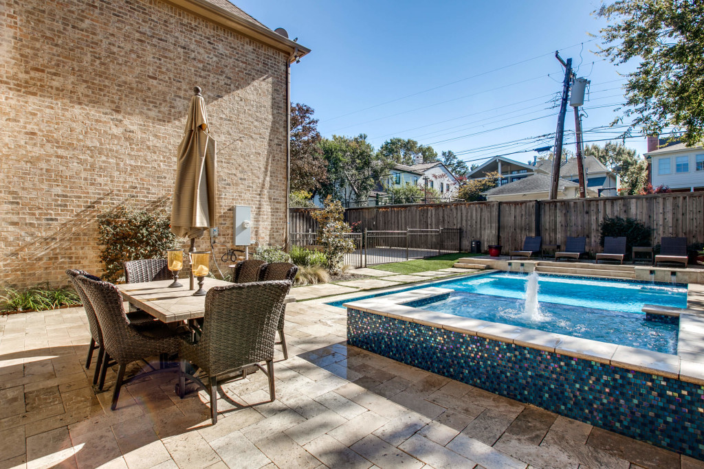 Custom Pools Are A Great Addition To Your Residential Outdoor Space