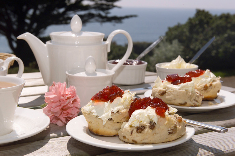 Enjoy The Unremitting Pleasure Of Afternoon Tea In Hertfordshire