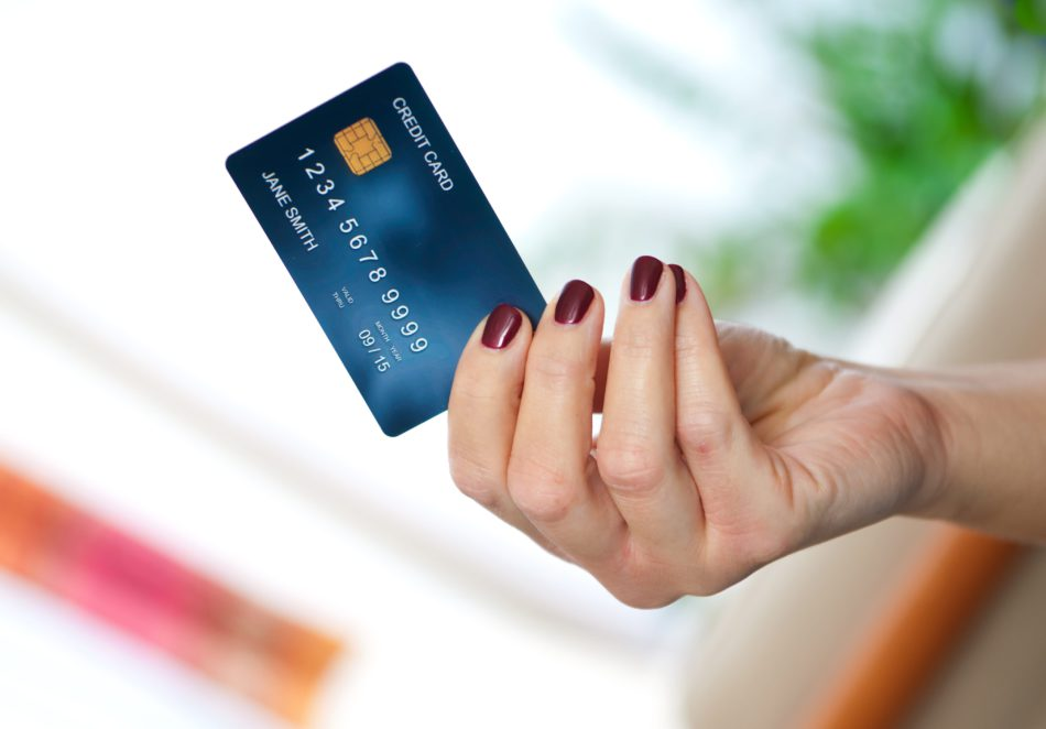 How Can You Get Privileges Of Axis Bank Credit Card?