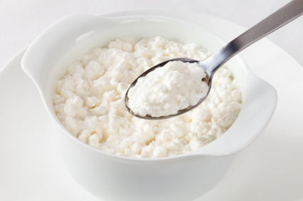 Cottage Cheese and Spoonful Lifting