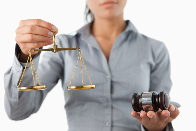 Hiring A Lawyer - Avoid These Mistakes To Hire The Best Lawyer Possible