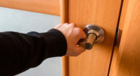 Making Your Entry Easy: Guide To Buy A Door Knob/Lever
